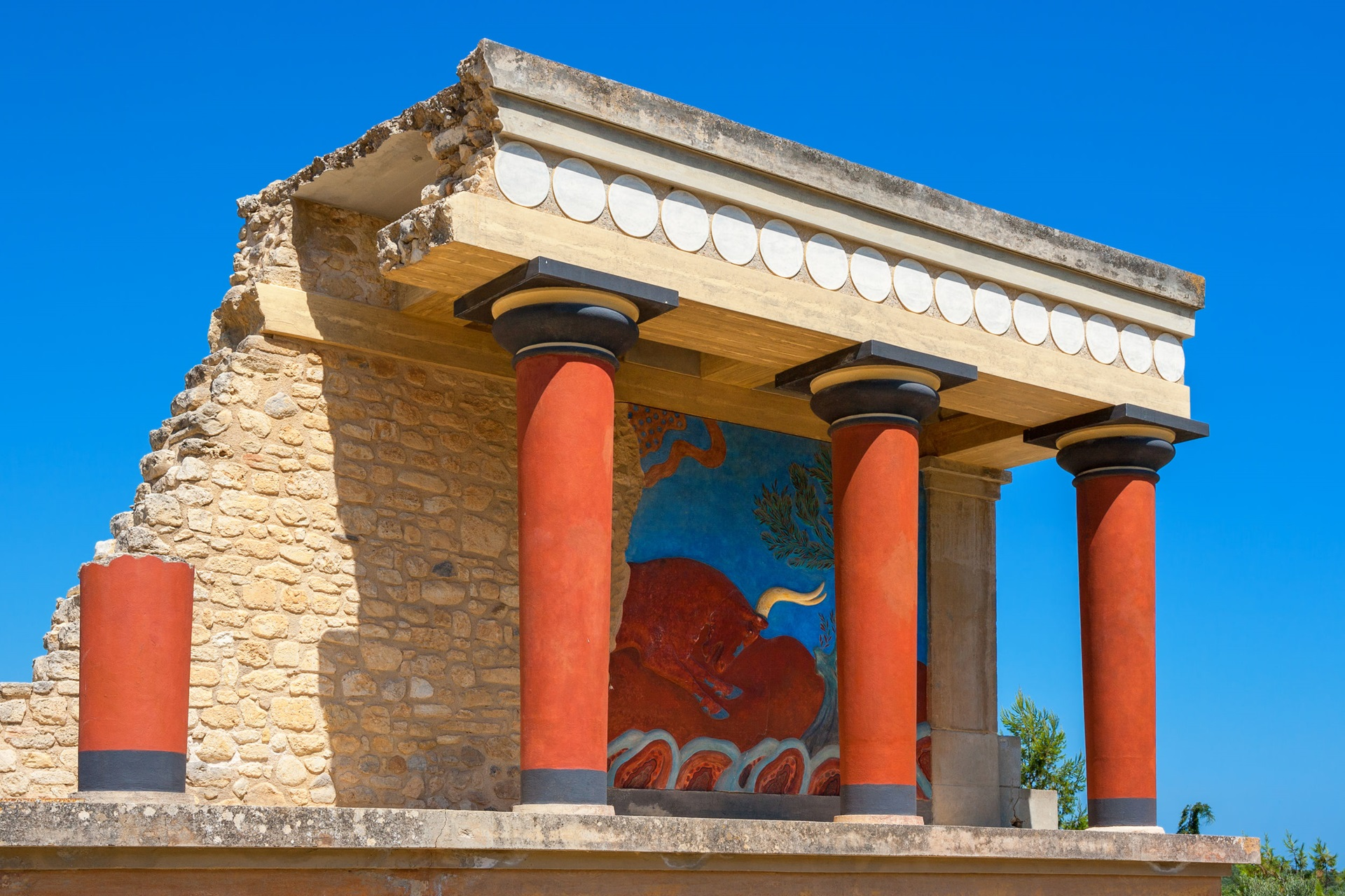 Knossos, Crete's must-see historical attraction