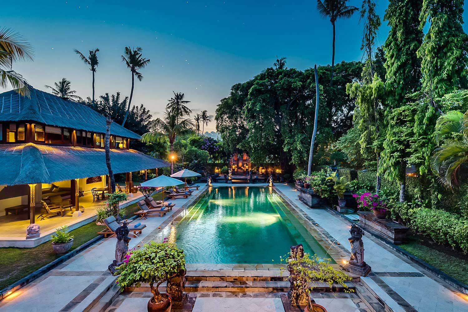 Villa Batujimbar is the epitomizing of Balinese style