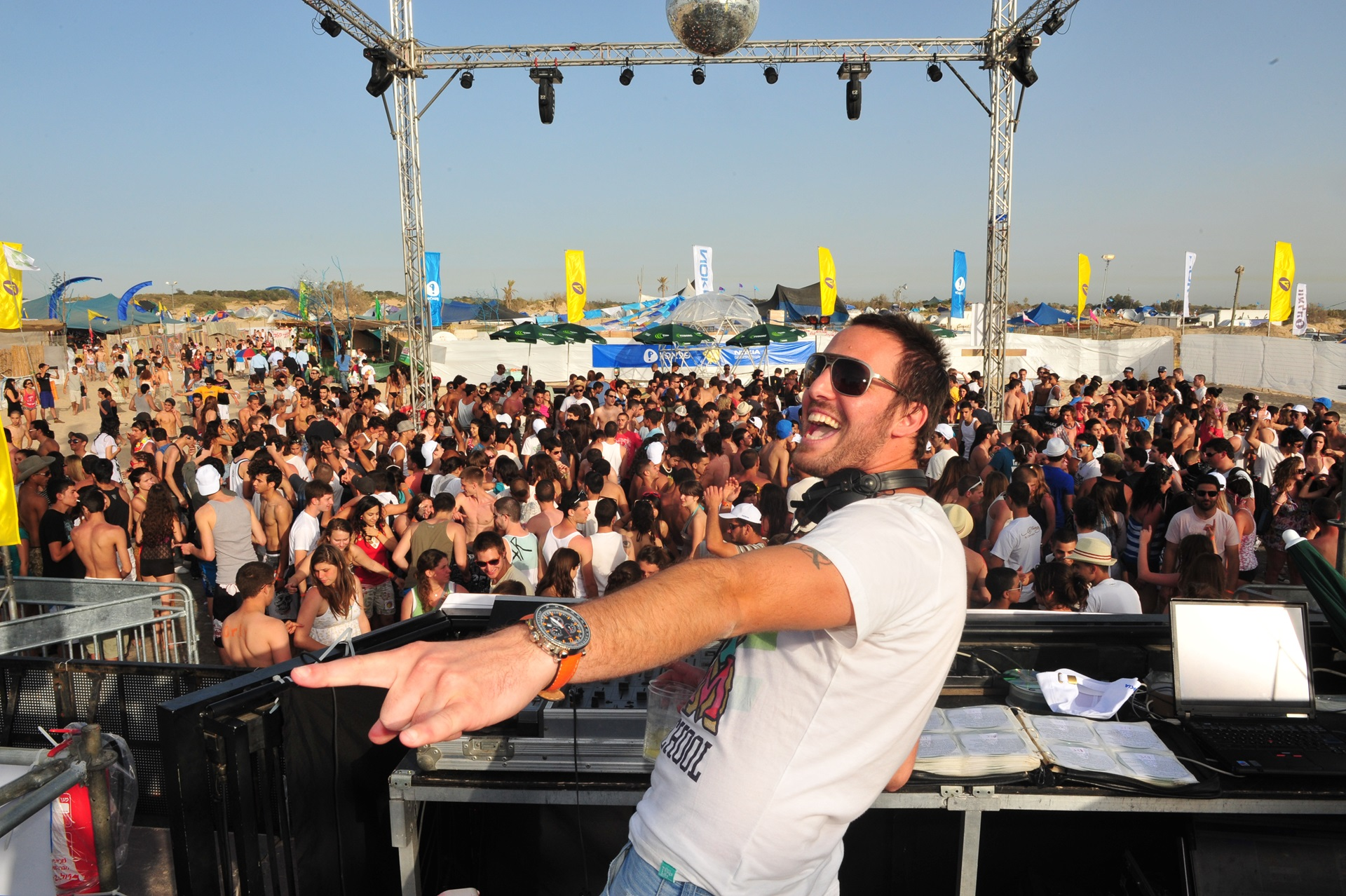lets have an endless party in Mykonos island