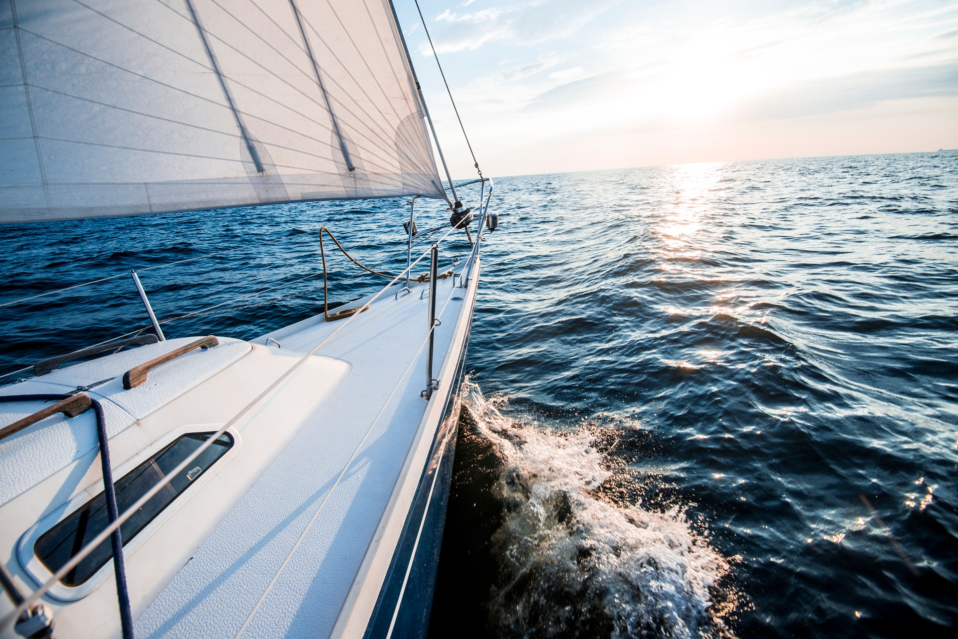 Sailing from Mykonos to Santorini