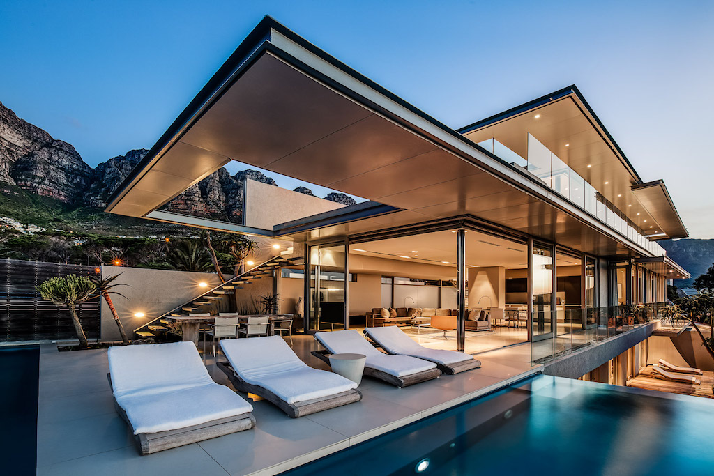 008 Bond Villa Cape Town
