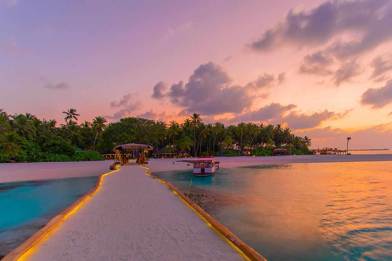 Kotari Deck Villa at aaaVeee Nature's Paradise