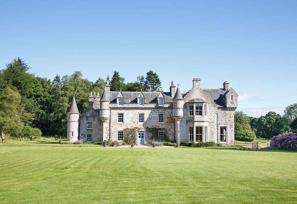 Wardhill Castle Scotland