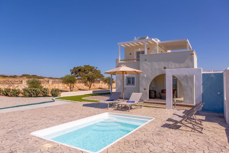 Purple Villa at Sun and Moon Villas Naxos